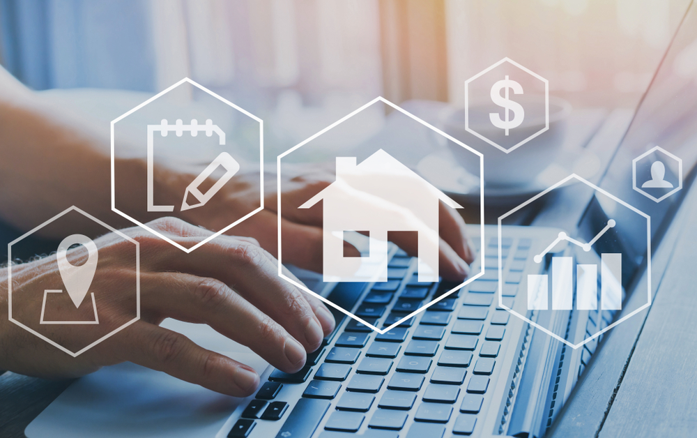 Immobilienmakler zum Haus verkaufen